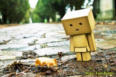 Jangan Terlalu Membenci dan Mencintai